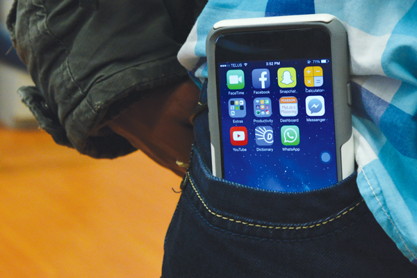 Hipsters banned from buying iPhone 6