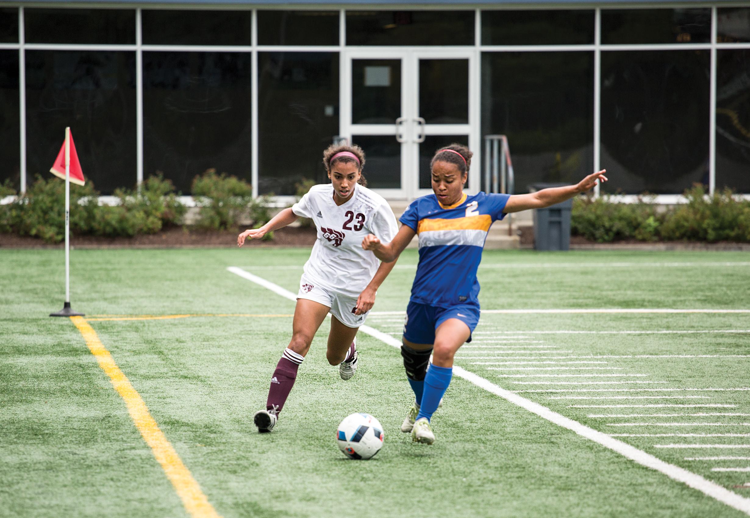 web_spo_womens_soccer_2_cred_jaclyn_mcrae-sadik