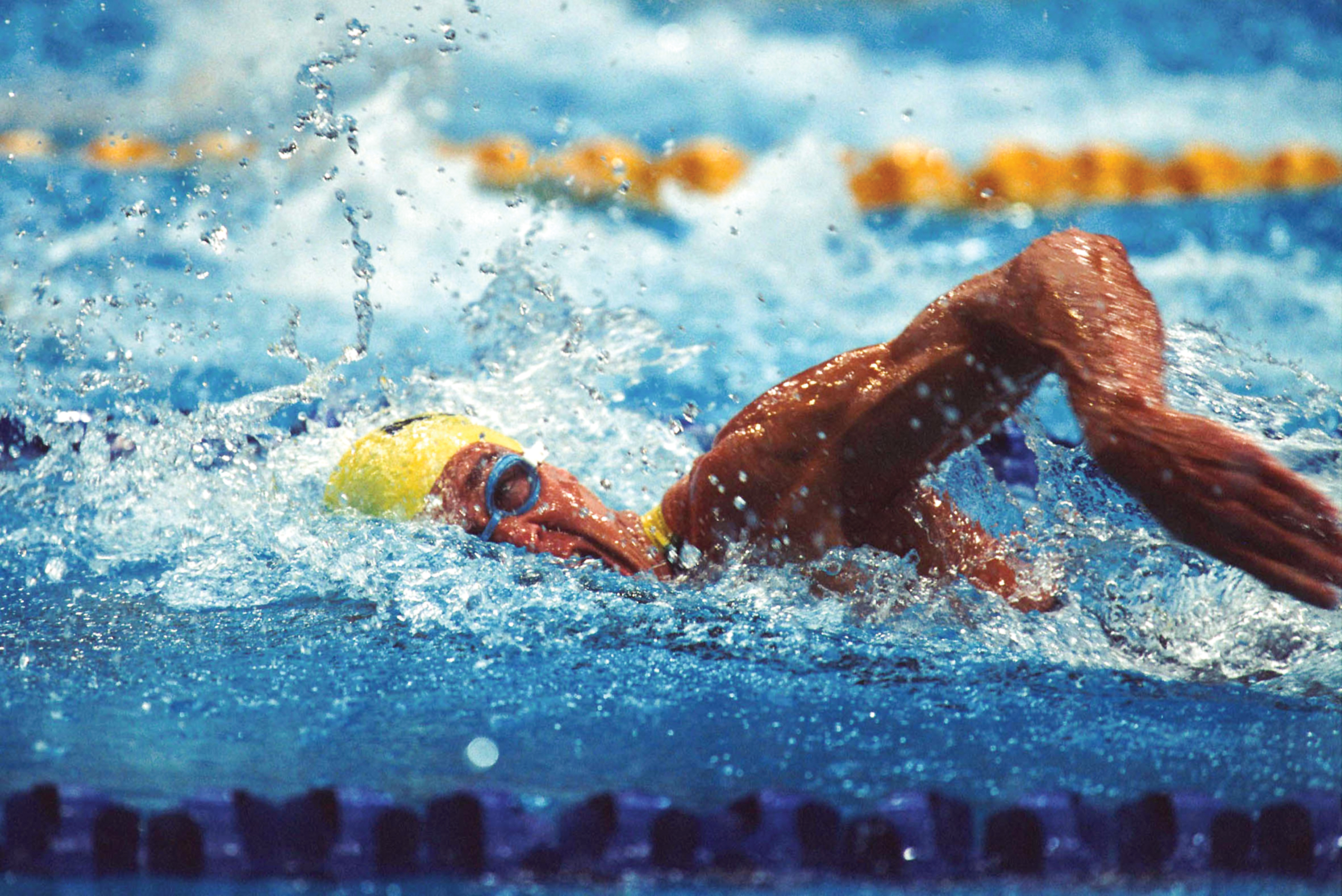 © Sport the library/Bill Bachman Sydney 2000 Paralympic Games Swimming - Action shot of Jeff Hardy (AUS) in the pool (freestyle) as he takes a breath. Event unknown.