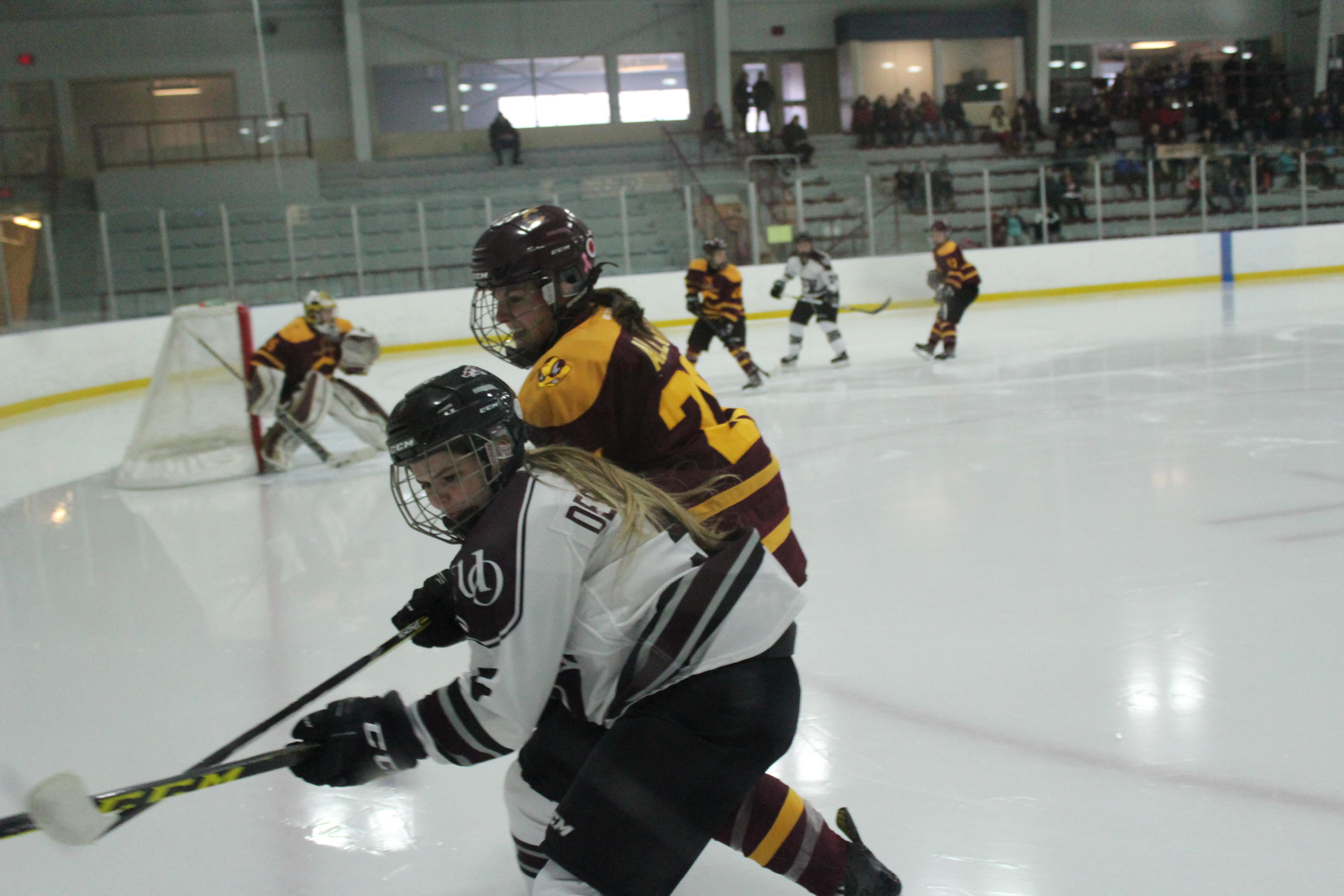 SPO_womens hockey_cred_Kyle Darbyson