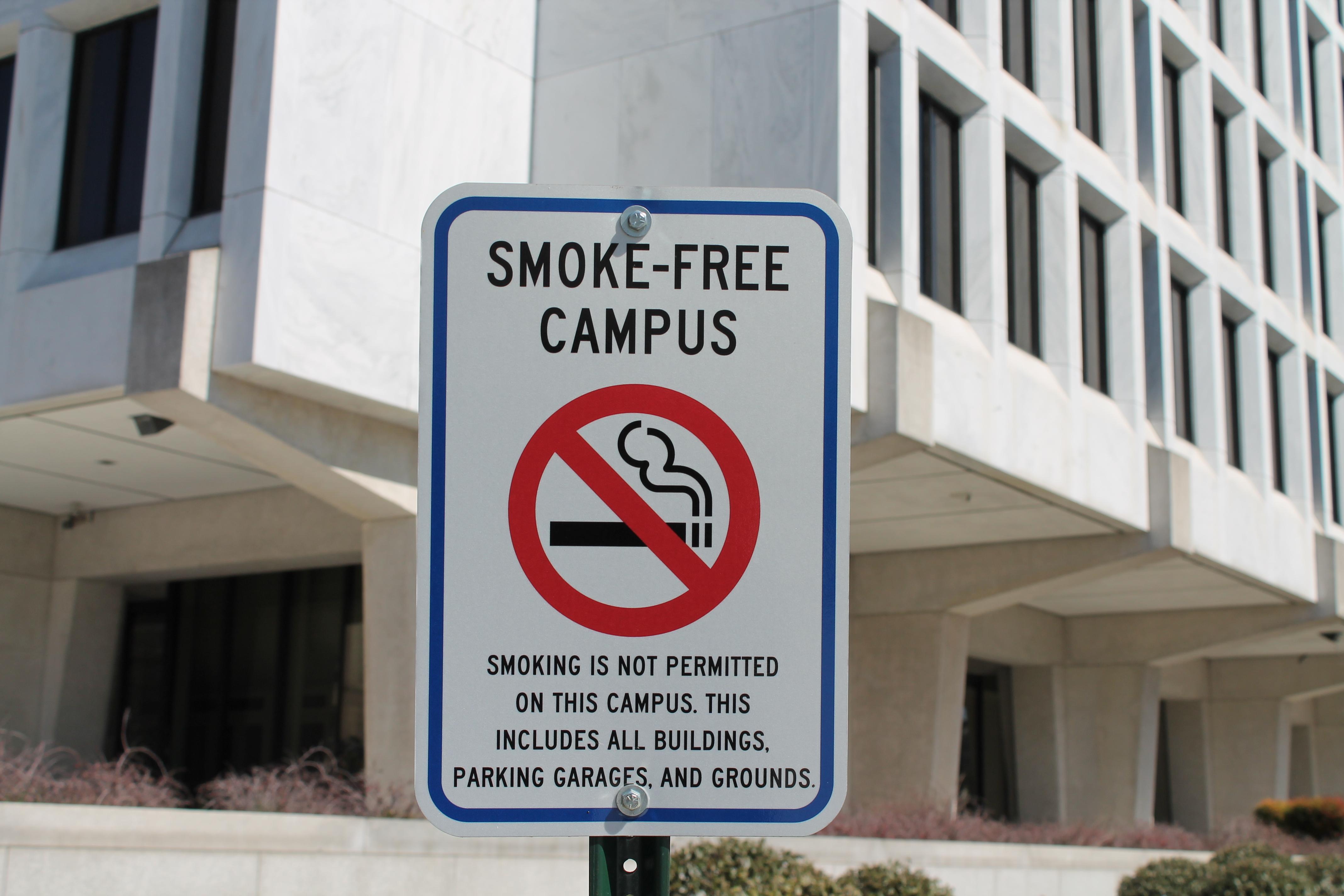 NEWS_no smoking on campus_cred_CC, Elvert Barnes